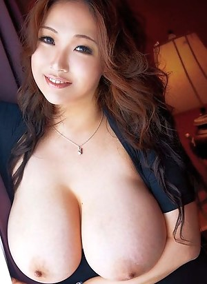 Young Boobs Porn Pictures