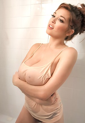 Big Boobs T-Shirt Porn Pictures
